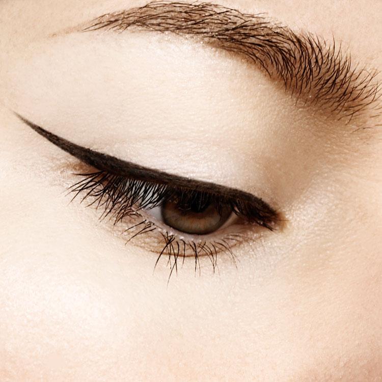 Eyeliner-2