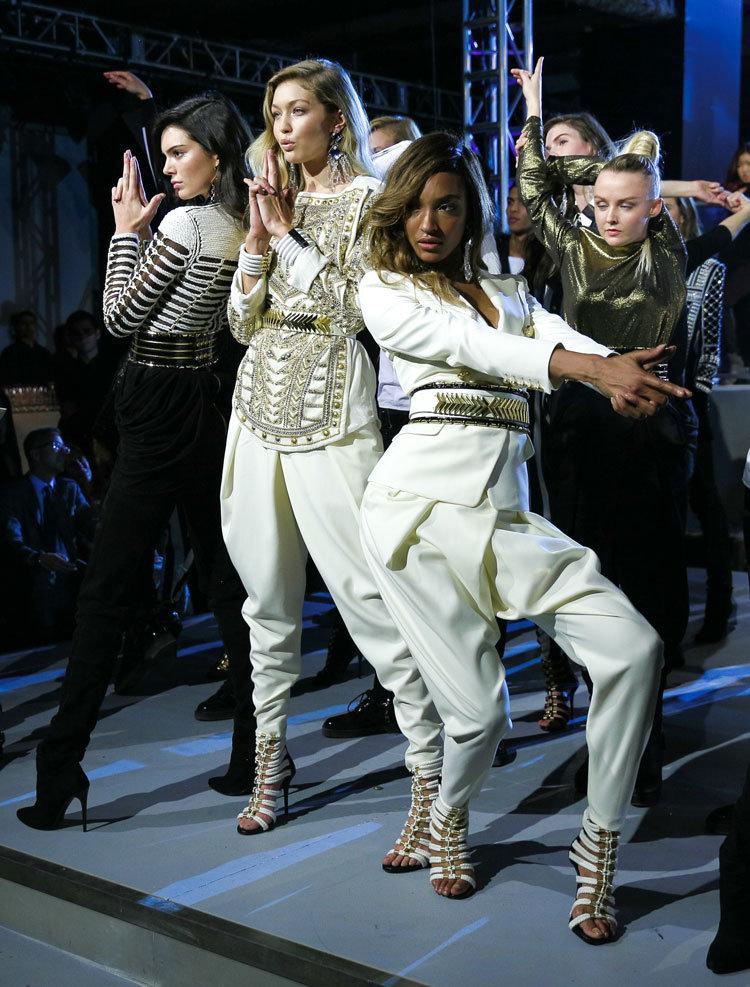© BFA, Kendall Jenner, Gigi Hadid und Jourdan Dunn beim Launch der Balmain x H&M Kollektion am 20. Oktober 2015