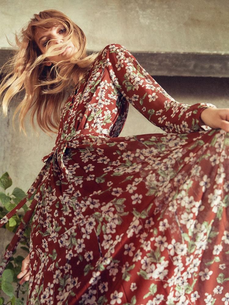 Kleid mit Blumen von mint&berry
