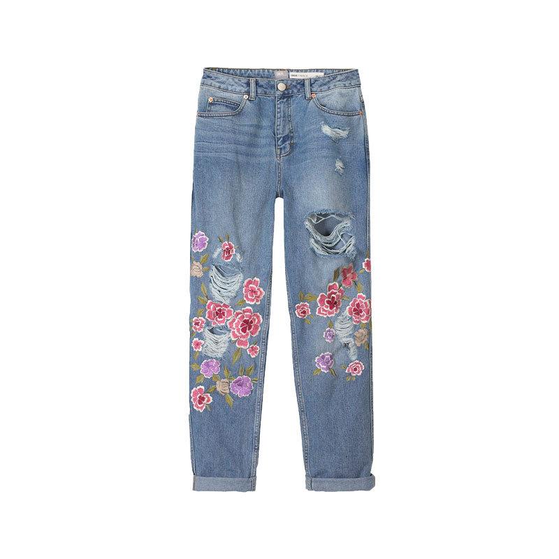 Jeans mit Blumen von Asos