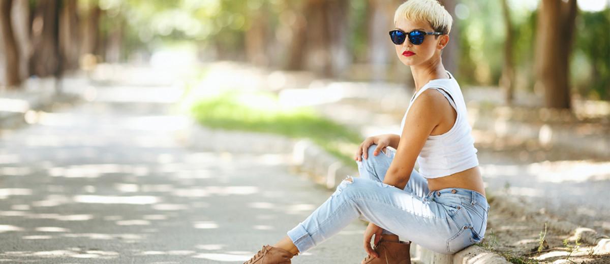 Mode fur kleine und zierliche frauen