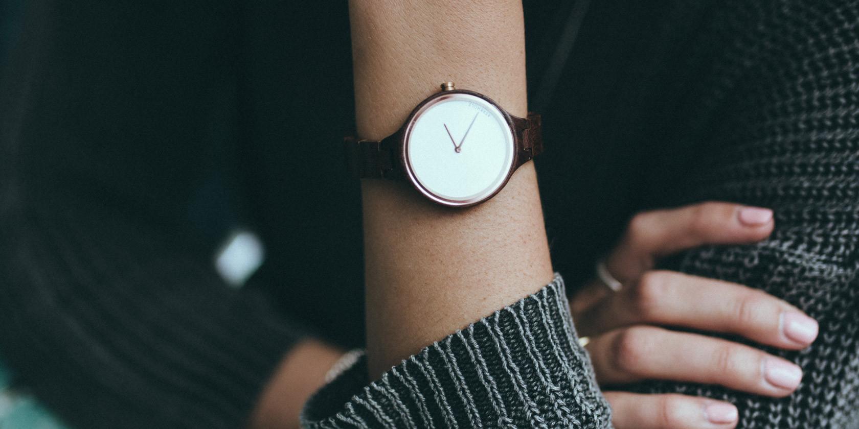 Uhren aus Holz von Kerbholz