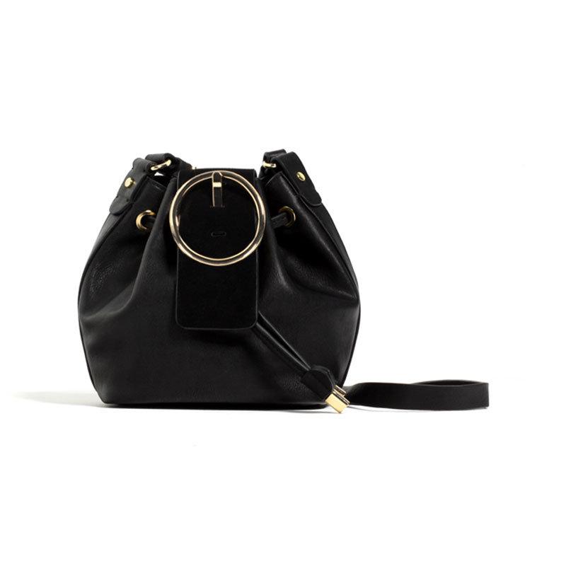 Schwarzer Mini-Beutel von Zara