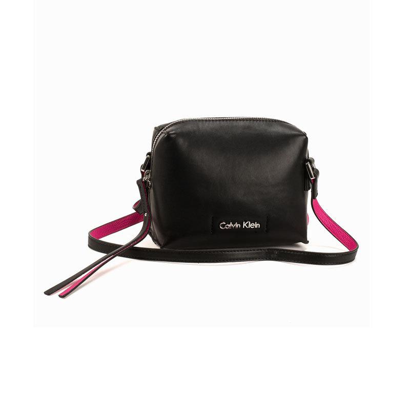 Schwarze Mini-Bag von Calvin Klein