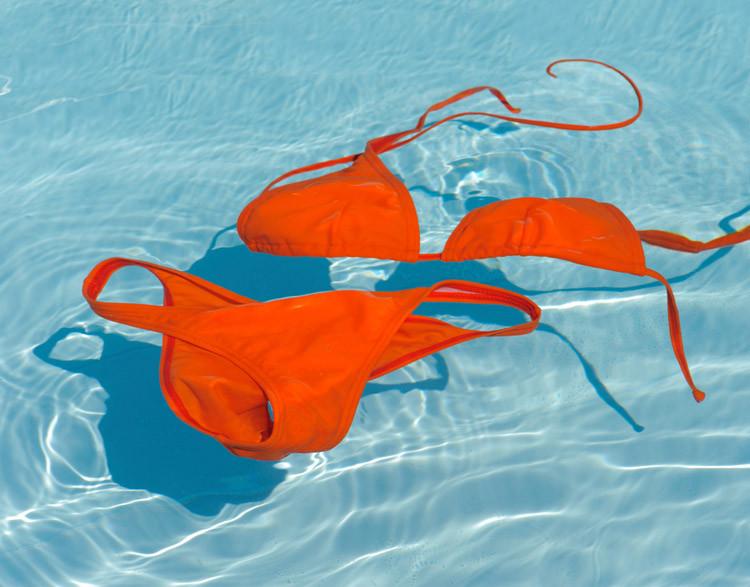 bikini rot