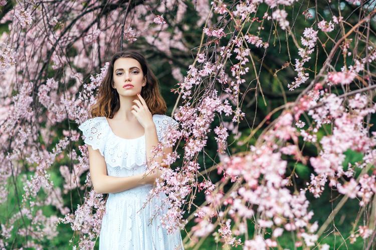Frühling und Sommer in Weiß