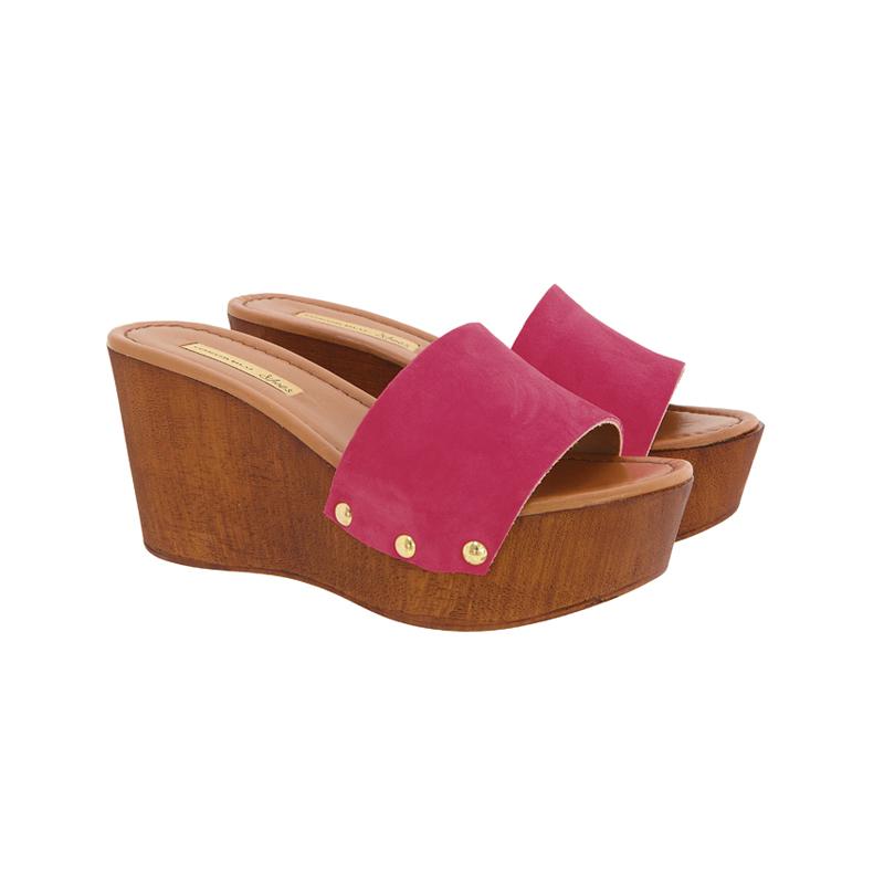 Pinke Schuhe mit Holzsohle
