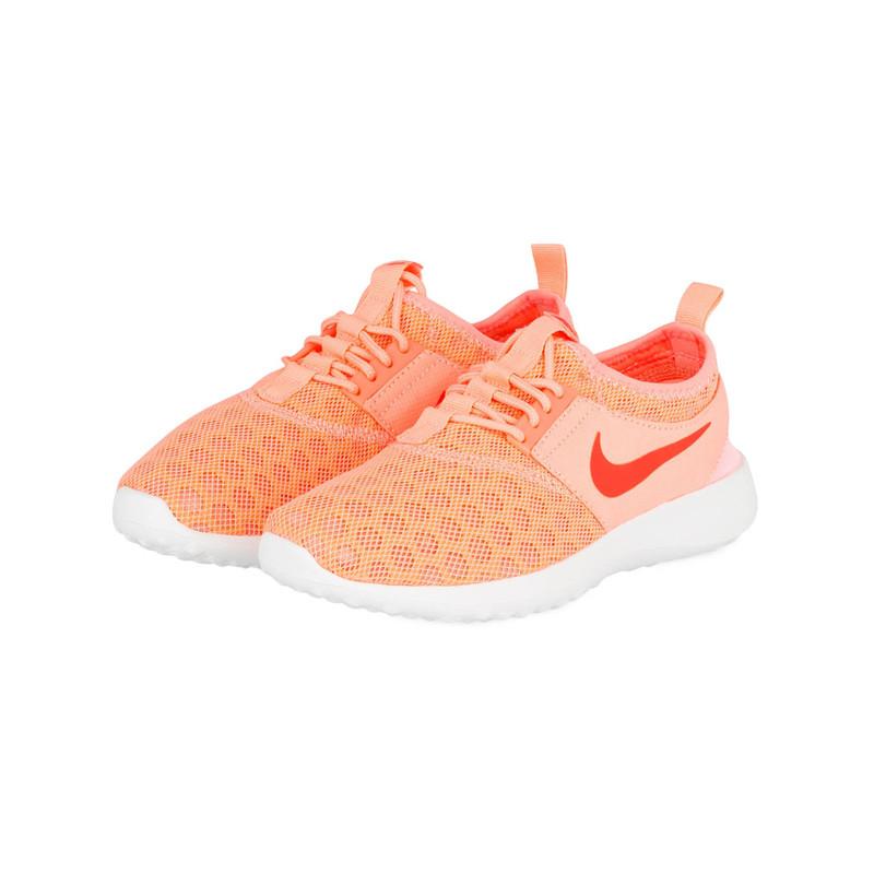 Snike von Nike in Orange