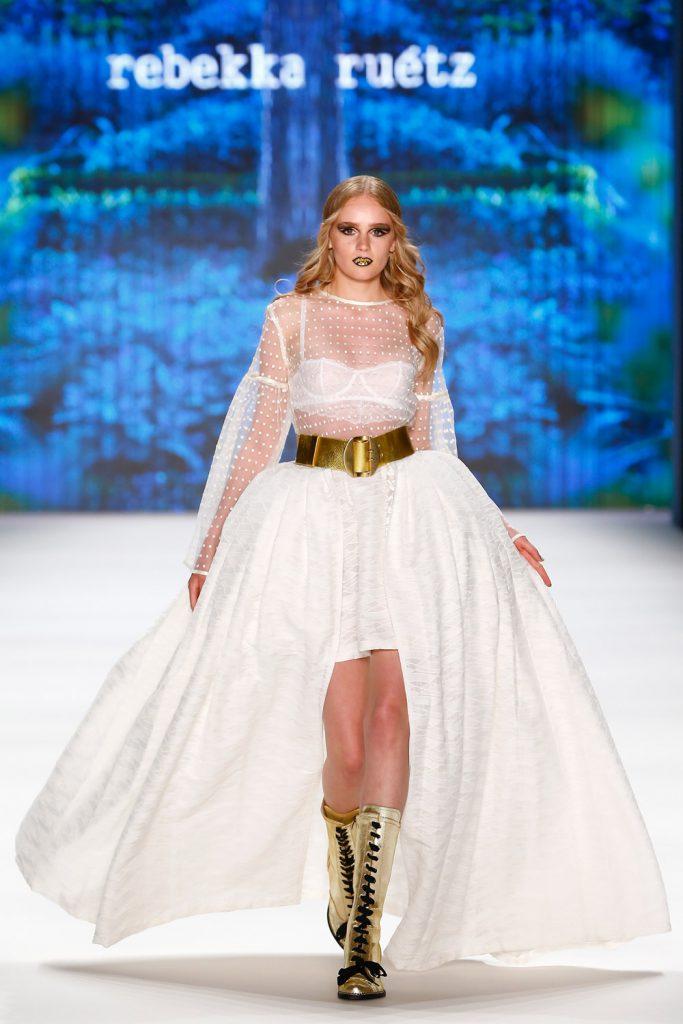 rebekka ruetz funkart kleid