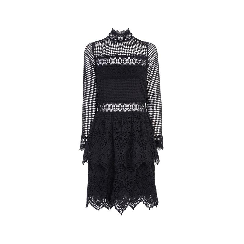 Schwarzes Kleid mit Spitze von Miss Selfridge