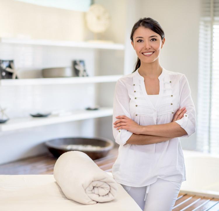 daran erkennt ihr eine gute kosmetikern beautypunk. Black Bedroom Furniture Sets. Home Design Ideas