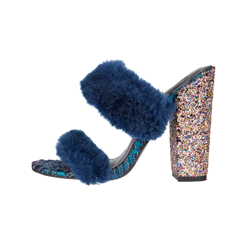 Sandale mit Fell