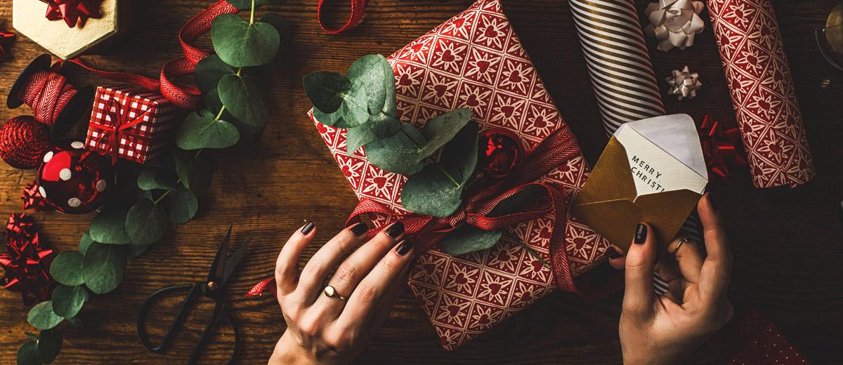Die besten 20 Beautygeschenke zu Weihnachten | BEAUTYPUNK