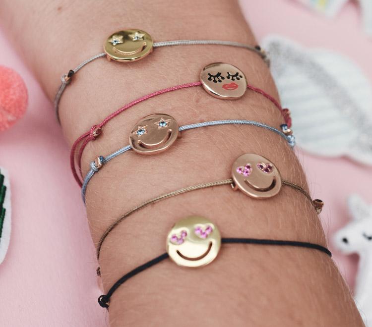 emoji armband