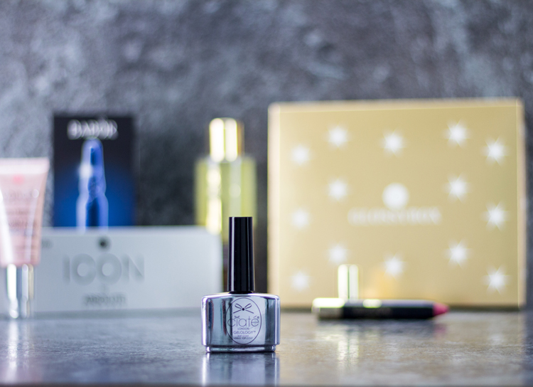 glossybox-golden-christmas-box-top-coat