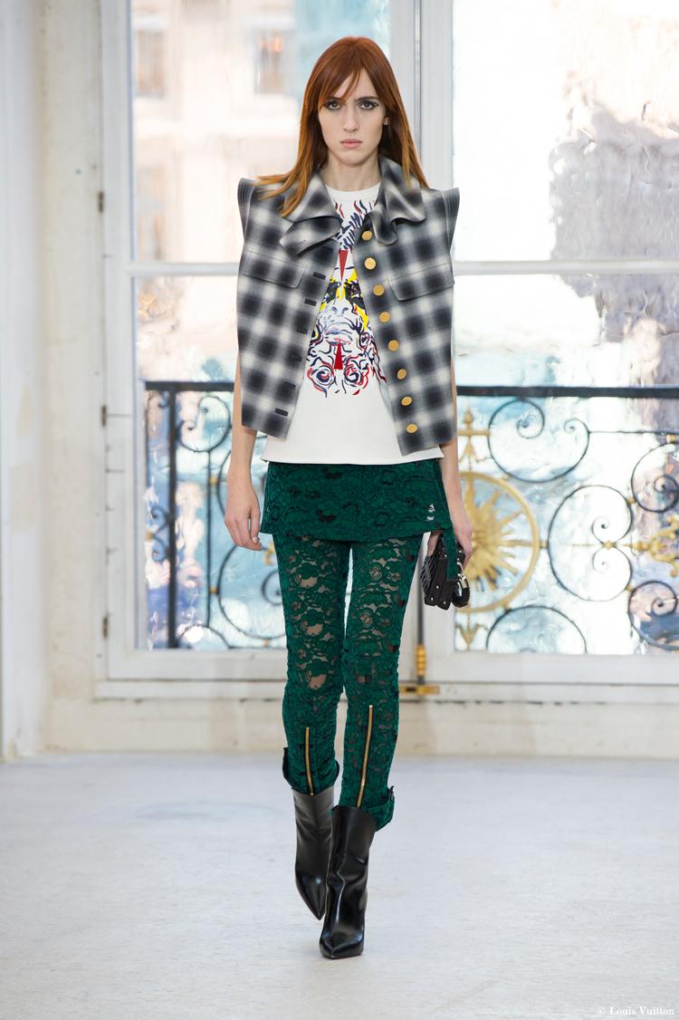 fashionweek-parins-louis-vuitton-schulterpolster
