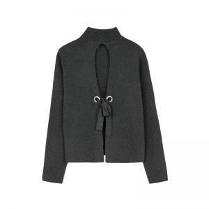 Rückenfreier Pullover von Bershka