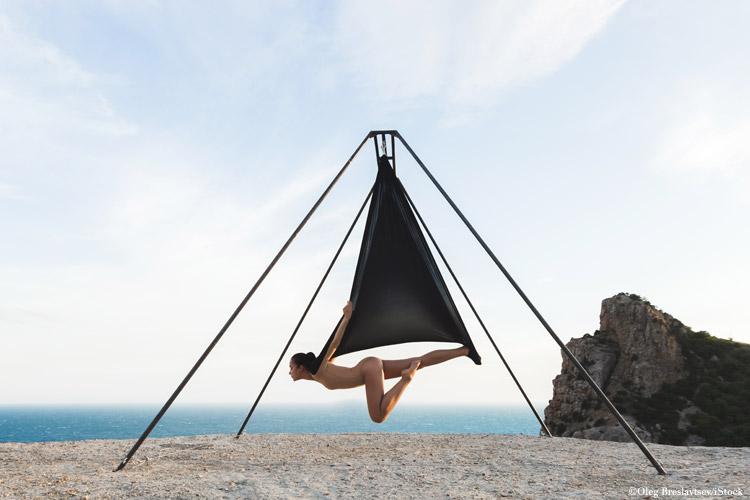 yoga aerial tuch