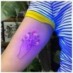 Trend UV-Licht Tattoos