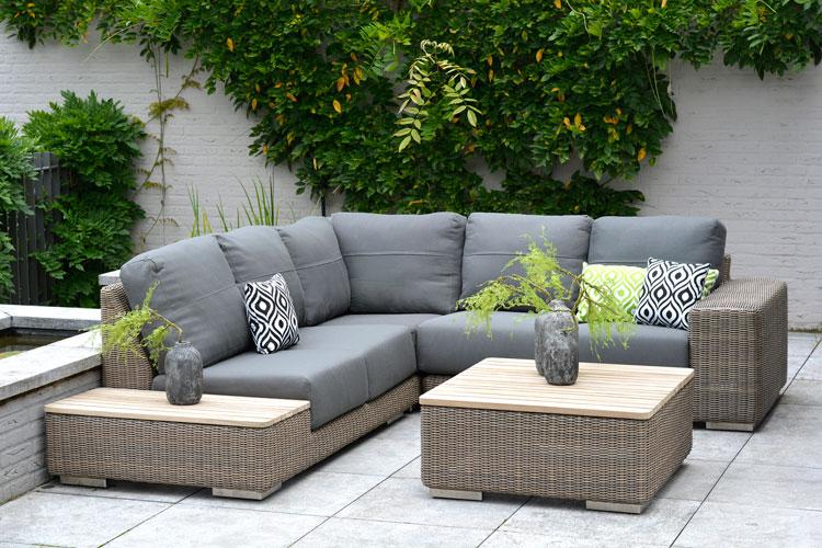 loungemöbel von cuckooland auf einer großen terrasse