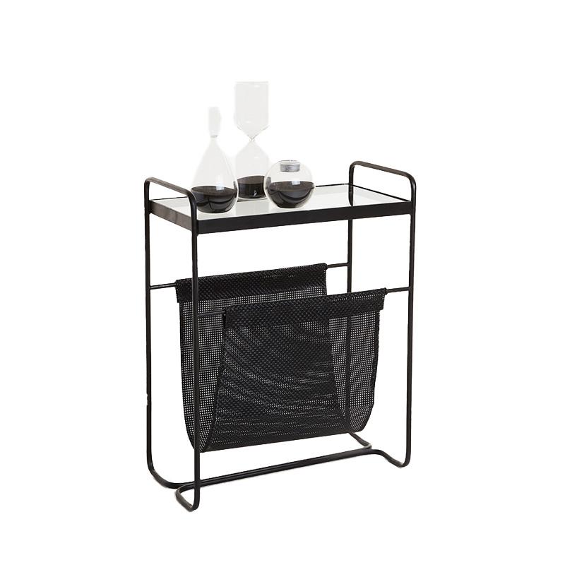 metall meets minimalismus beautypunk. Black Bedroom Furniture Sets. Home Design Ideas
