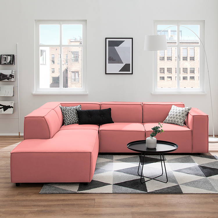 trendfarbe wohnen in living coral beautypunk. Black Bedroom Furniture Sets. Home Design Ideas