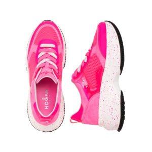 neo-pinkfarbene sneaker mit weißer plateau-sohle