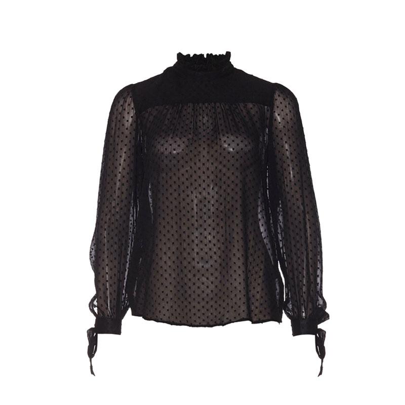 produktabbildung einer transparenten bluse mit hochgeschlossenem kragen von nly trend