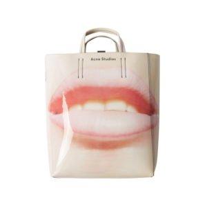 produktbild große tasche mit fotorealistischen mund