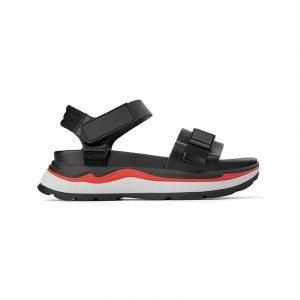produktbild schwarze trekking-sandale