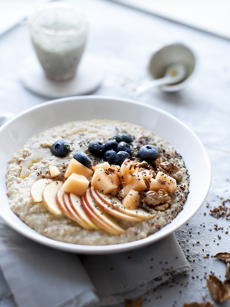 porridge mit obst und beeren