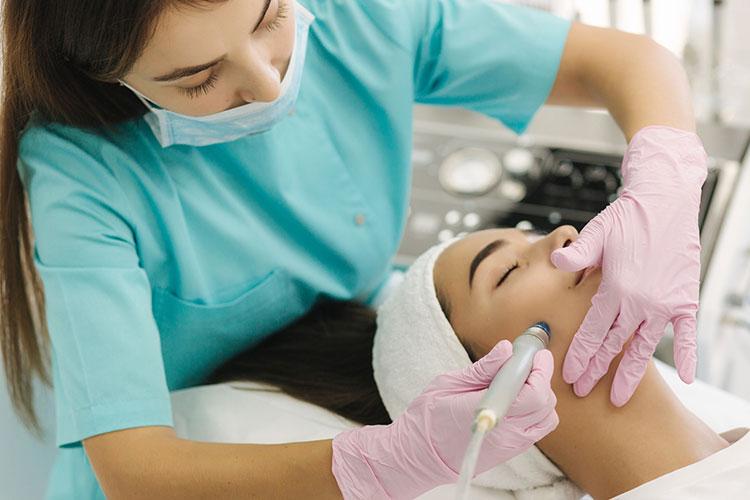 hydra facial behandlung nahaufnahme