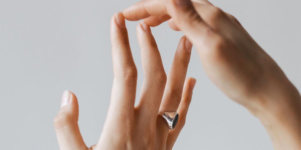 nail buffering