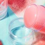 Milk Makeup Sticks geöffnet