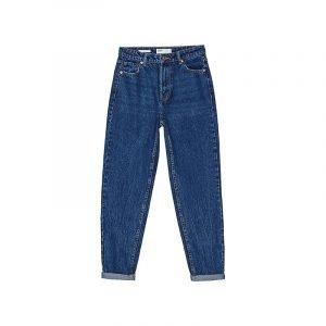 Slouchy Jeans aus blauem Denim