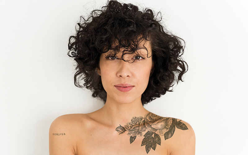 Frau kleine tattoos Kleine Tattoos
