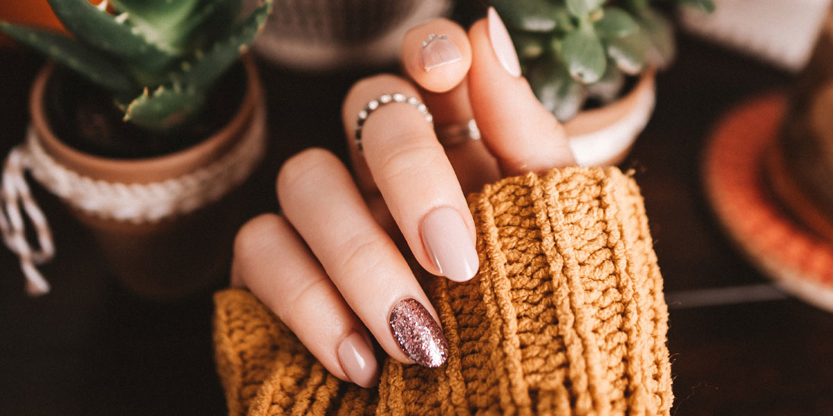 lange fingernaegel