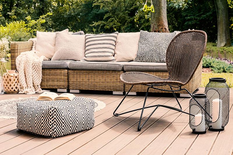terrasse mit gemütlicher loungeecke