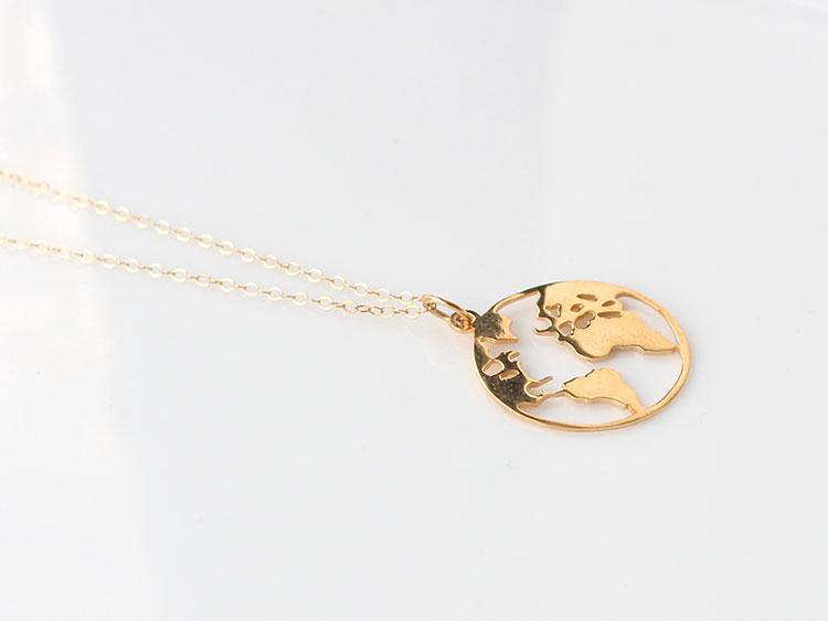MATICA JEWELLERY Halskette Weltkugel Gold_1