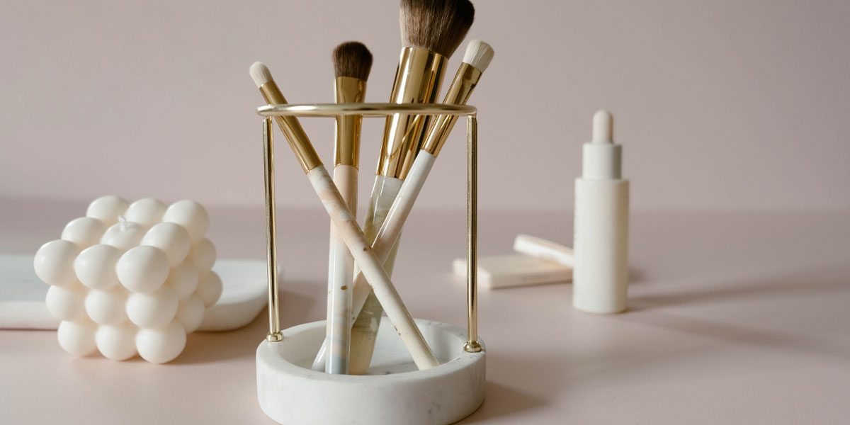 brush holder jacks beauty line